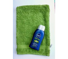 Gant de toilette Fairtrade vert + gel douche Nivea (50 ml)